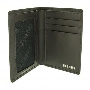 Δερμάτινο πορτοφόλι Versus του οίκου Versace κωδ. 80110.